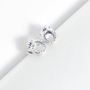 Polished Crown O Stud Earrings